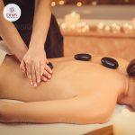 Massage đá nóng cơ thể