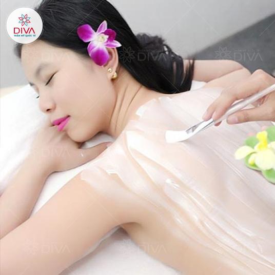 Tắm dưỡng Ngọc Trai